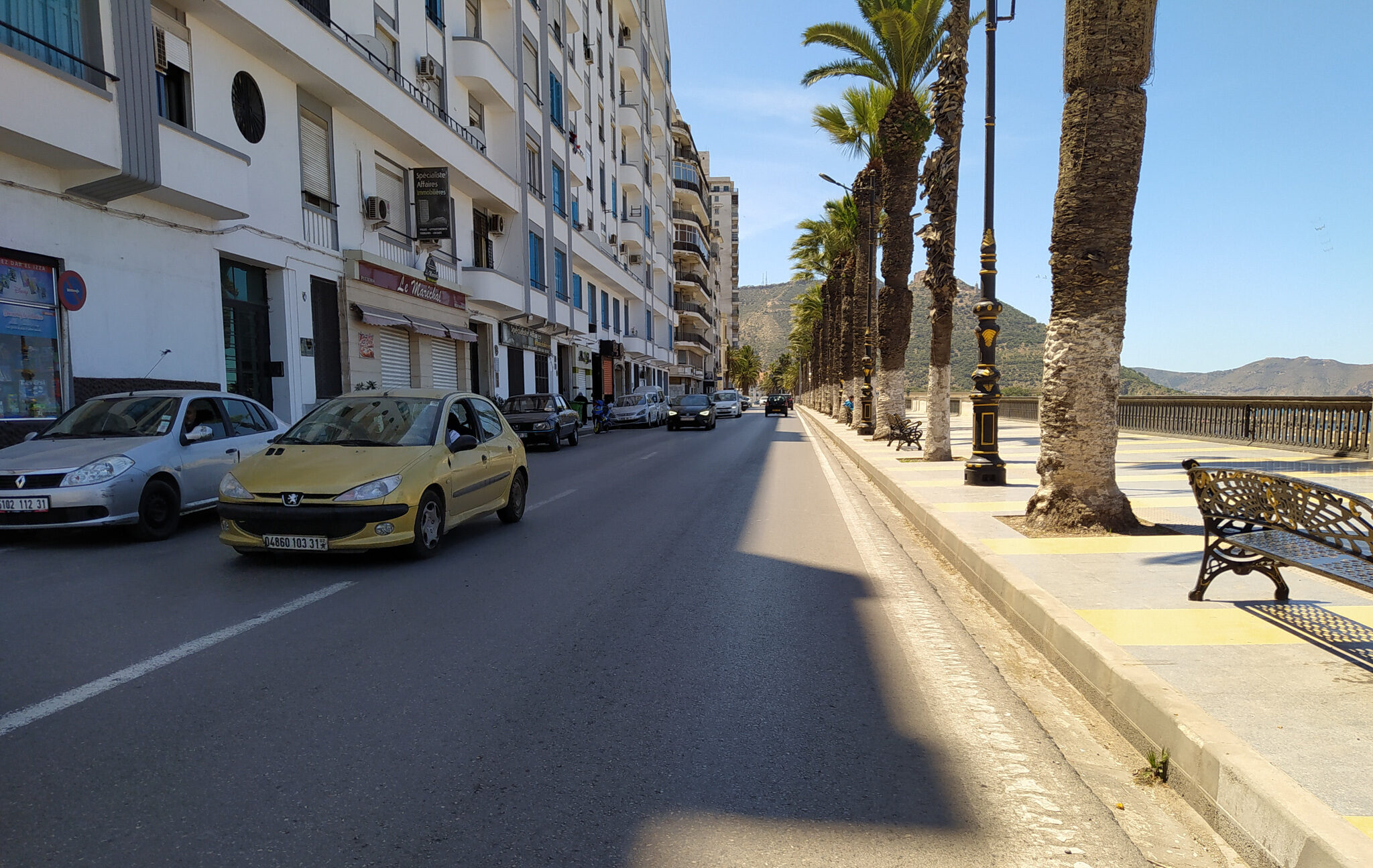 The streets of Oran are mostly deserted and devoid of any pedestrians on May 12, as city dwellers stay home to protect themselves from COVID-19. Farid Sait/Zenger)
